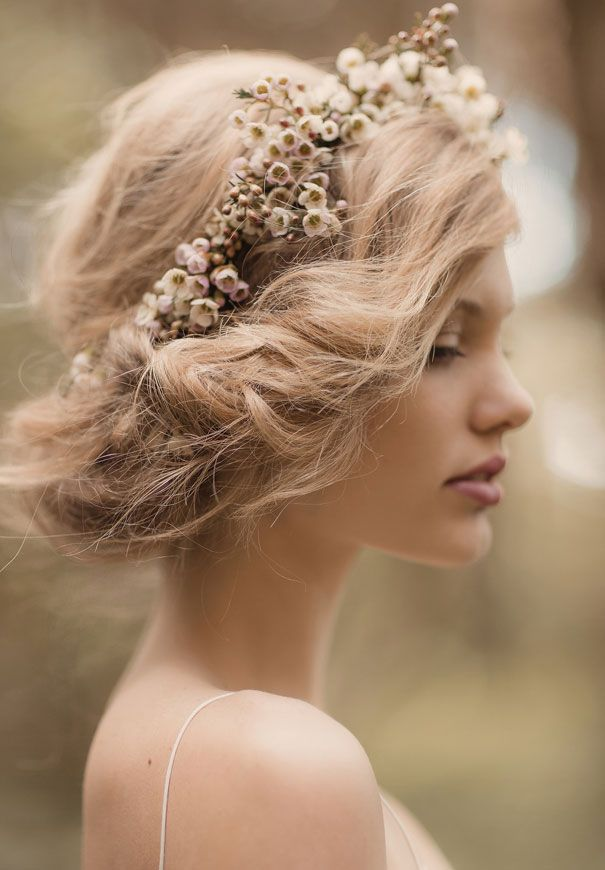 Bridal hairstyling for Santorini wedding
