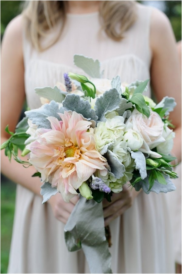 Santorini weddings-bridal bouquet