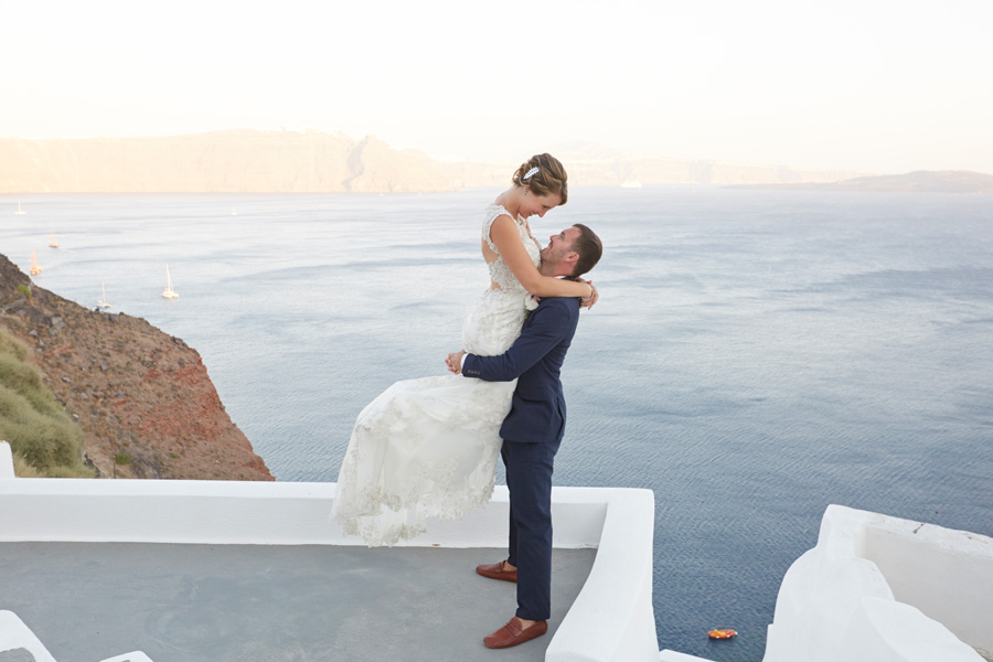 Destination wedding -Santorini