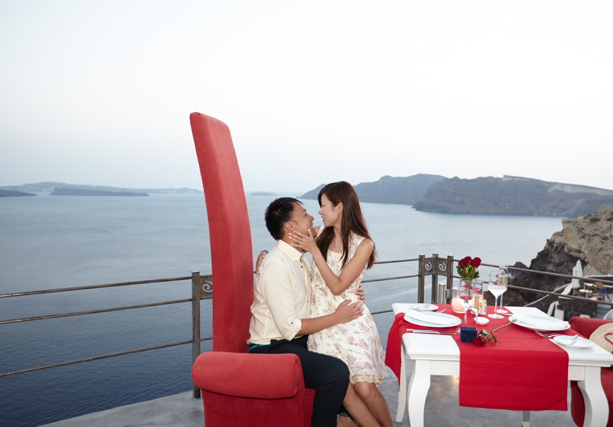 Santorini marriage proposal