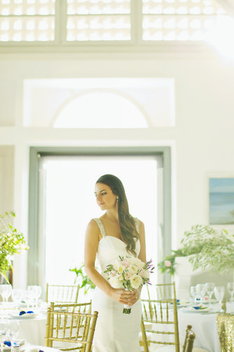 Elegant destination wedding in Santorini