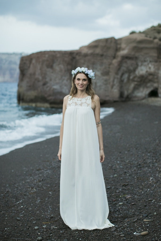 Boho styled wedding in Santorini-flower crown