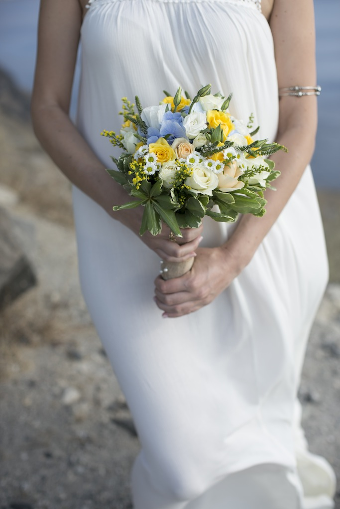 Bohemian wedding in Santorini-wedding bouquet