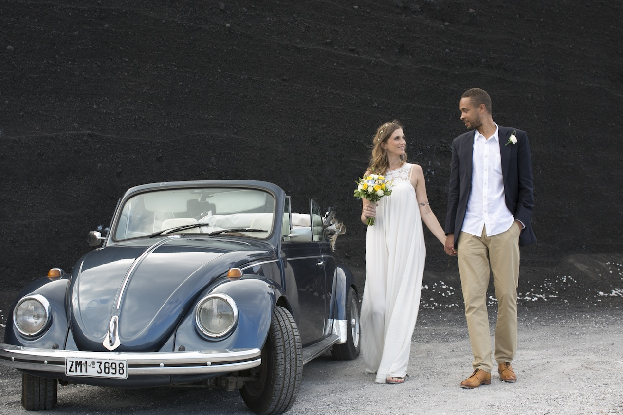Boho styled wedding in Santorini-vintage car