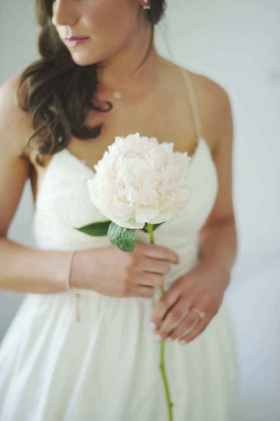 Single bloom bouquet-White peony