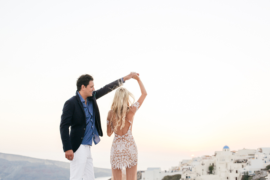 Stylish Santorini wedding