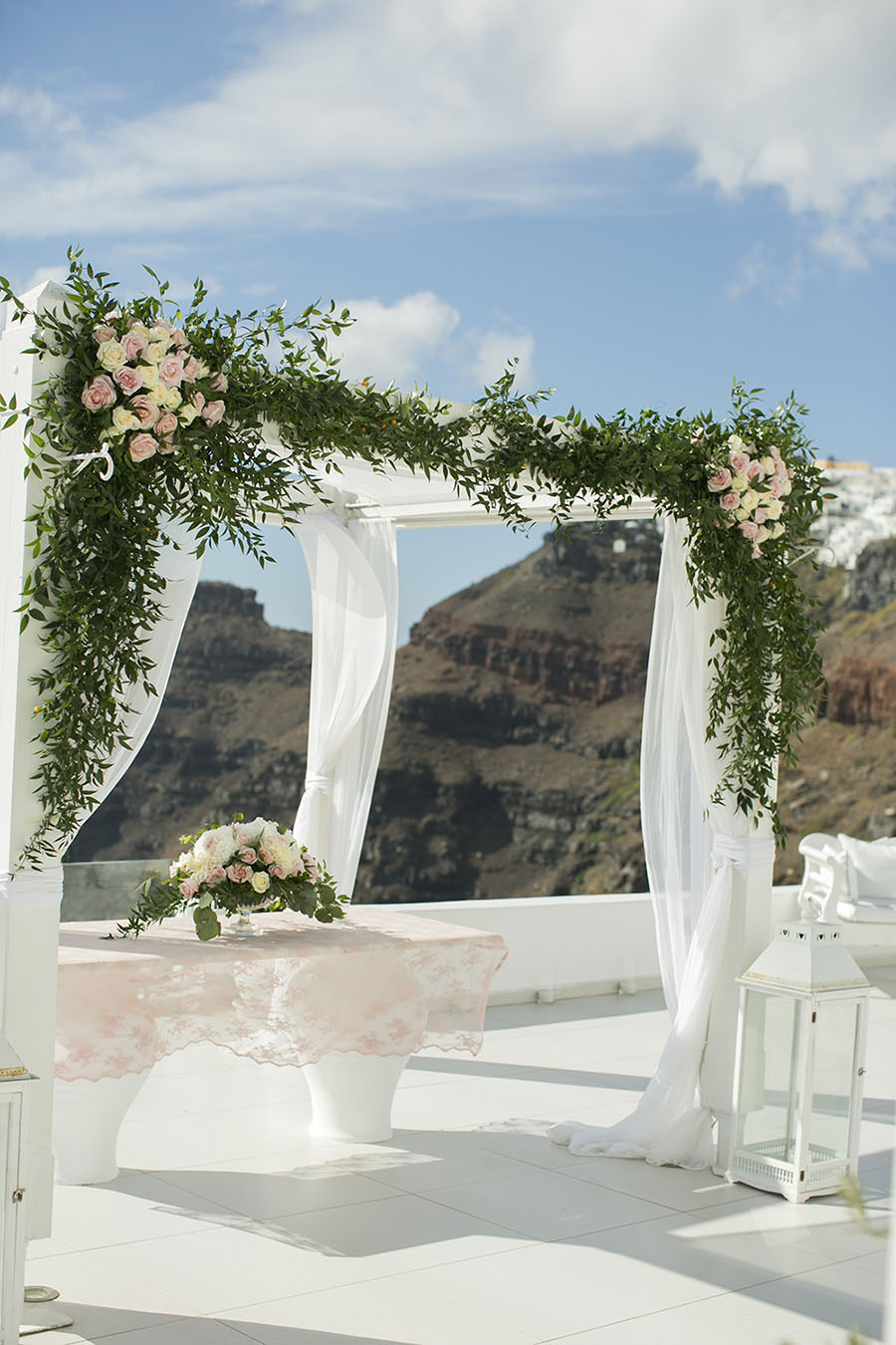 Botanical wedding in Greece-Tie the knot