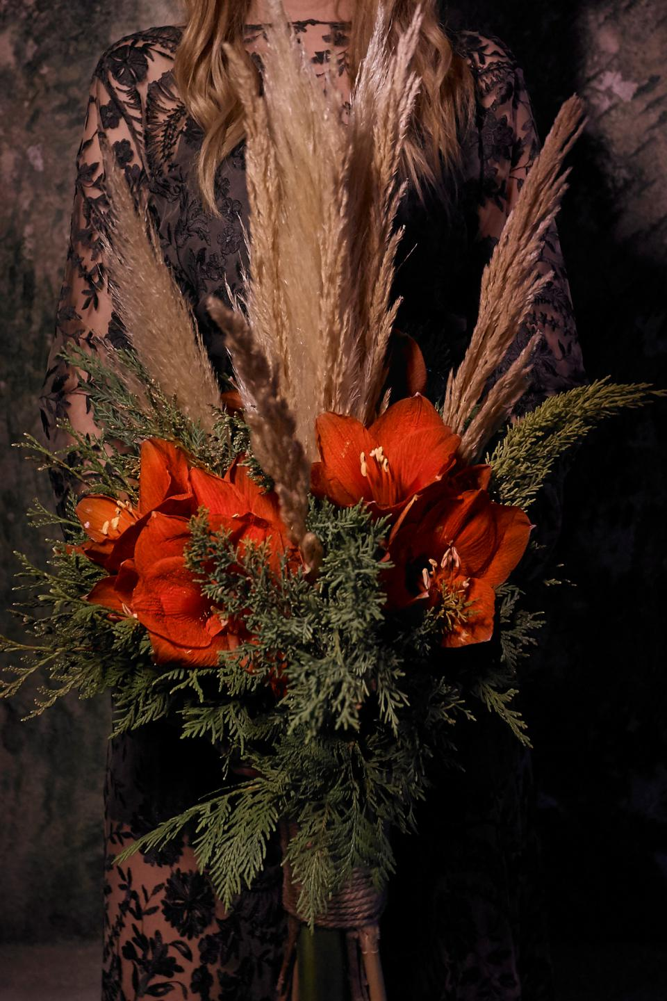 Christmas bouquet with pampas grass and amaryllis