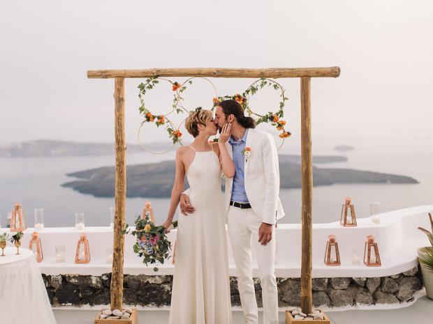 Bohemian wedding in Santorini- Tie the Knot
