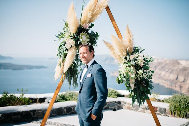 Santorini Groom - Modern bohemian wedding in Greece