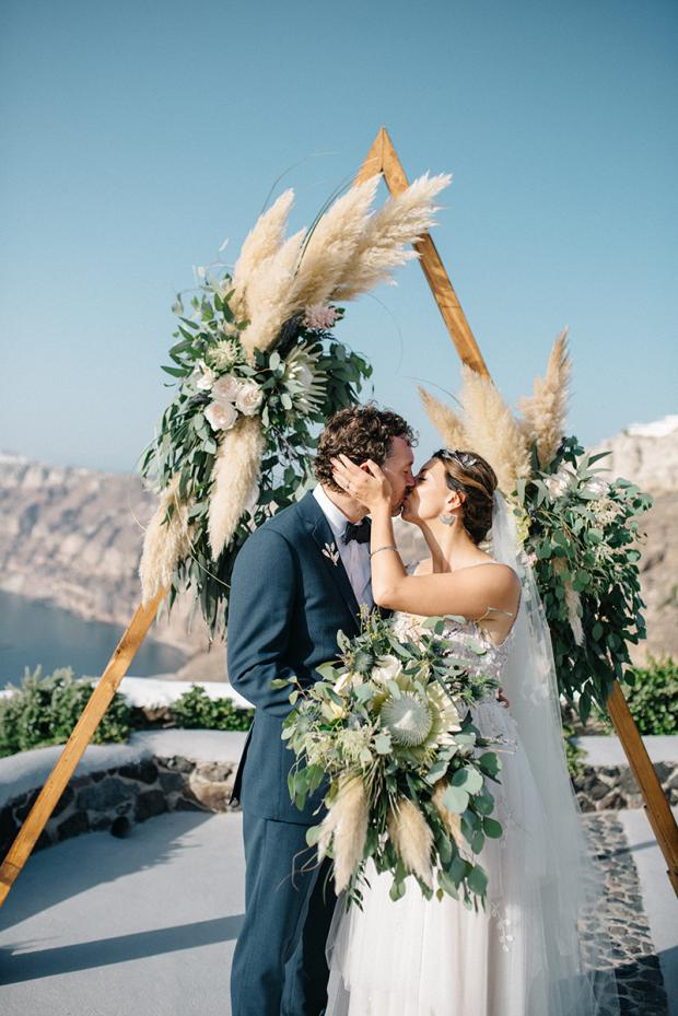Pampas grass and king protea wedding in Santorini