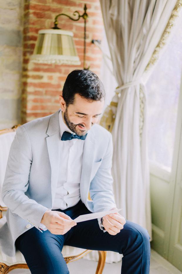 Groom getting ready - Tuscany wedding