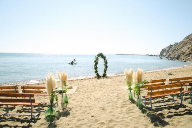 Surf wedding in Greece -Tie the knot