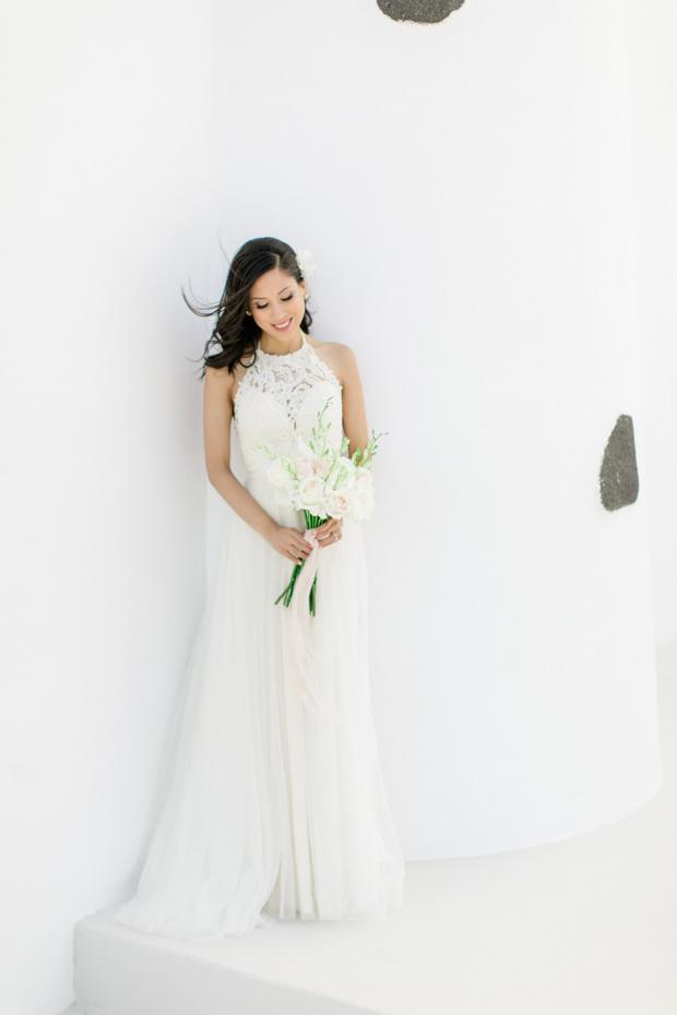 White bridal bouquet - Greece wedding