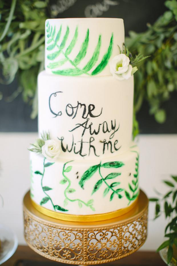Greenery wedding cake  - Tie the knot Greece