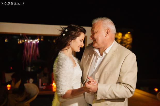 Wedding in Santorini-father & daughter dance