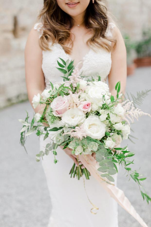 Romantic bridal bouquet-pastel wedding