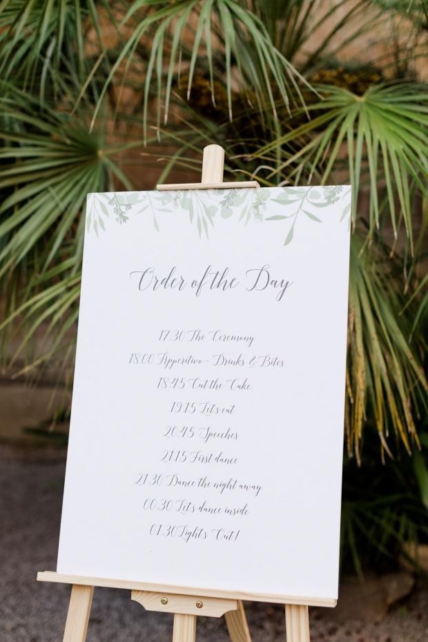 Wedding sing- order of the day