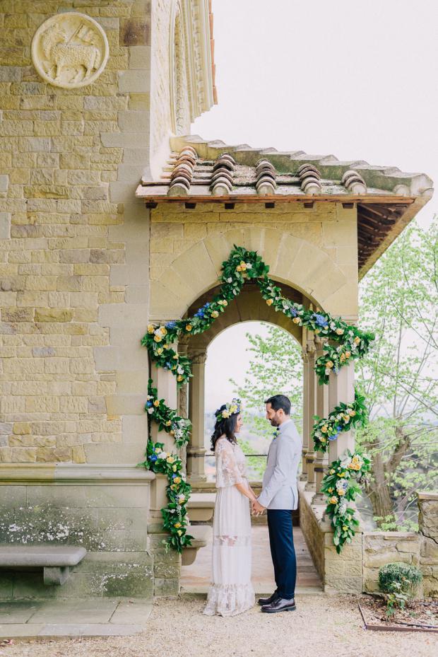 Bohemian wedding in a Tuscany Villa, Italy