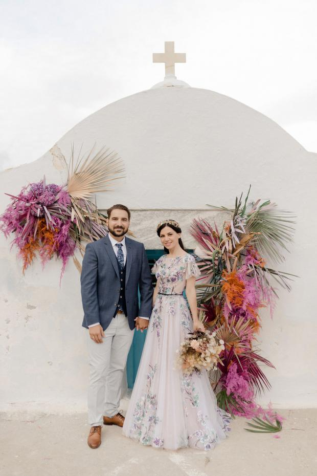 Dried flowers colourful chapel wedding in Greece