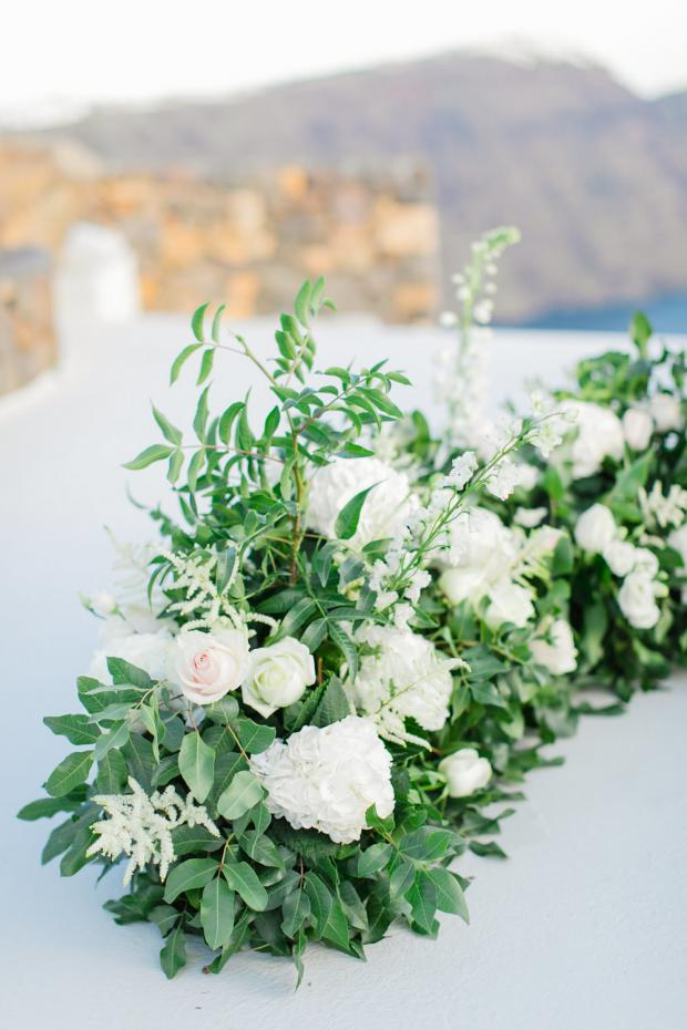Modern wedding in Greece- Tie the knot Santorini