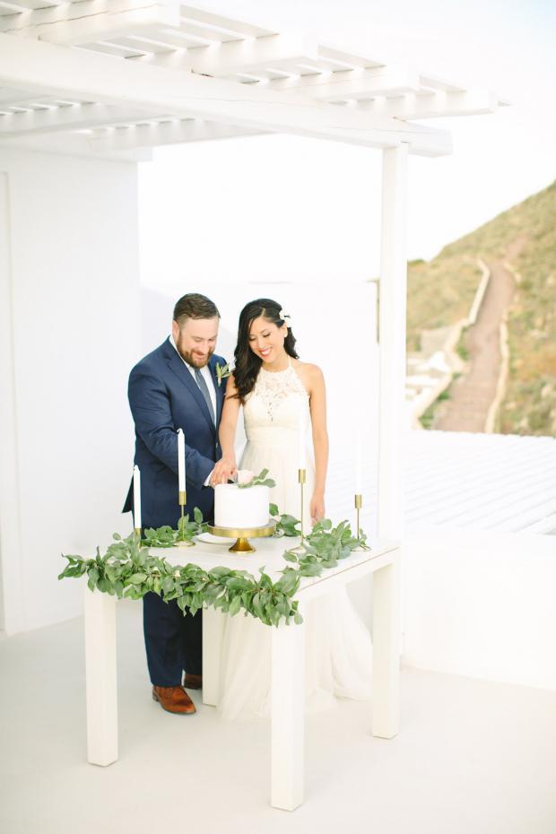 Wedding cake- Santorini wedding