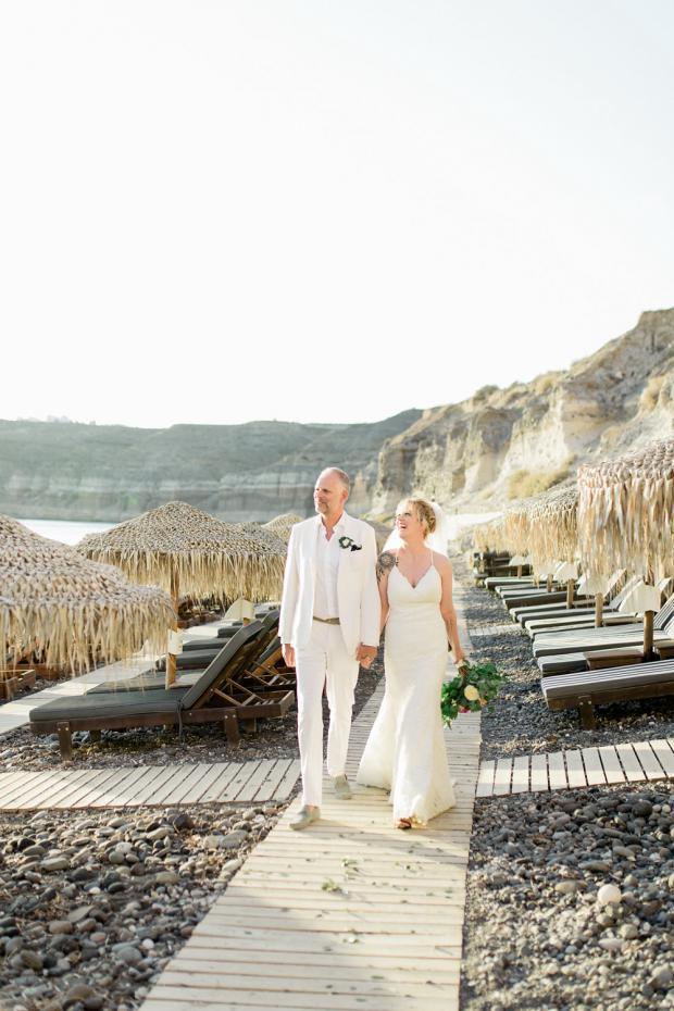 Beach wedding in Greece