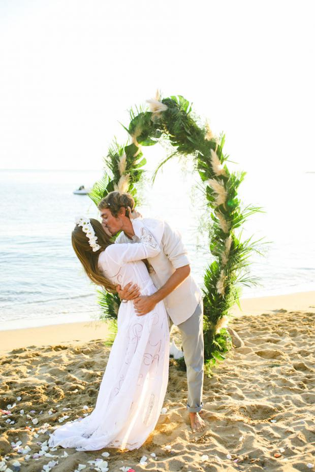 Bohemian beach wedding in Greece- Surf arch