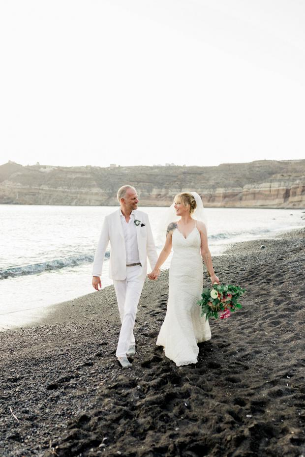 Beach wedding in Greece