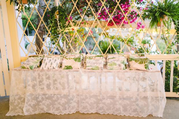 Greener-tropical wedding favours