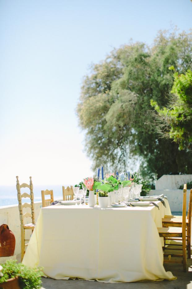 Bohemian wedding in Greece-tablsescape