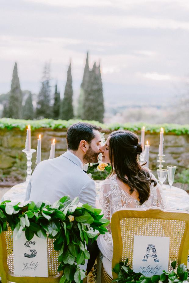 Romantic wedding dinner in Tuscany