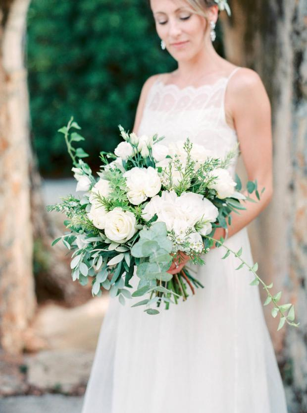 White wedding bouquet- Wedding in Greece