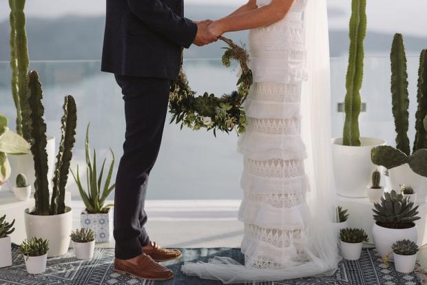 Succulent- cacti wreath instead of a bouquet