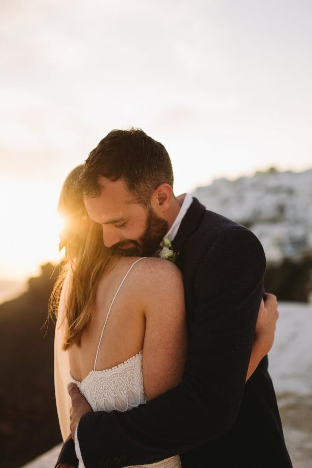 Modern & bohemian wedding in Santorini