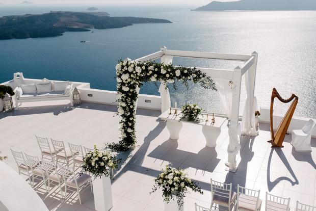 All white chic wedding in Santorini