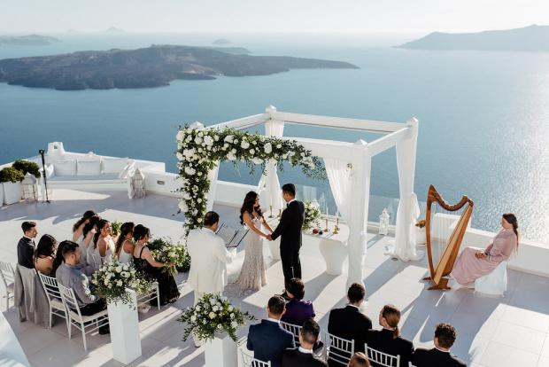 Elegant wedding in Greece- Santorini