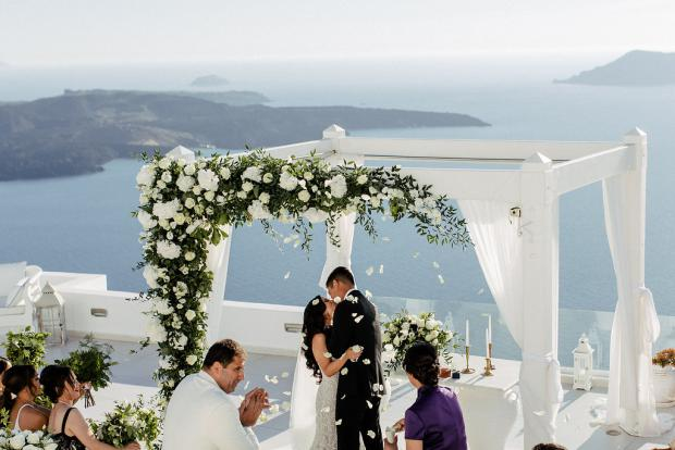 First kiss- Wedding ceremony