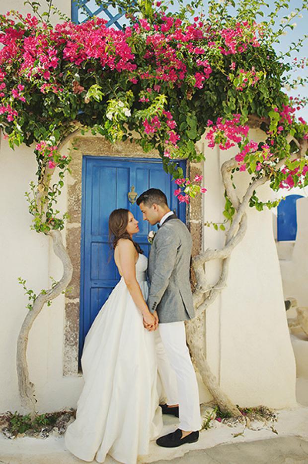 Destination wedding in Greece-Tie the knot in Santorini