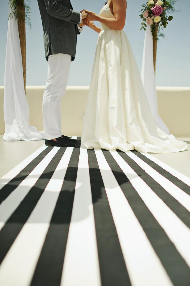 Black and white wedding aisle