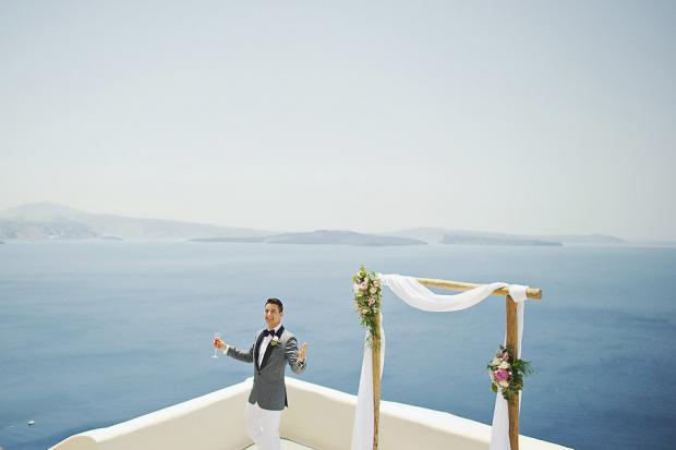 Stylish wedding in Greece-Santorini