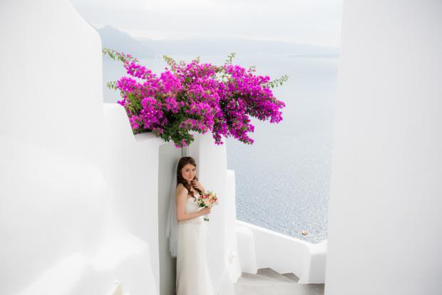 Wedding in Santorini-bougainvillea