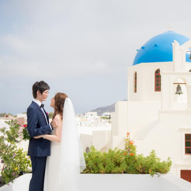 Santorini wedding- blue dome church