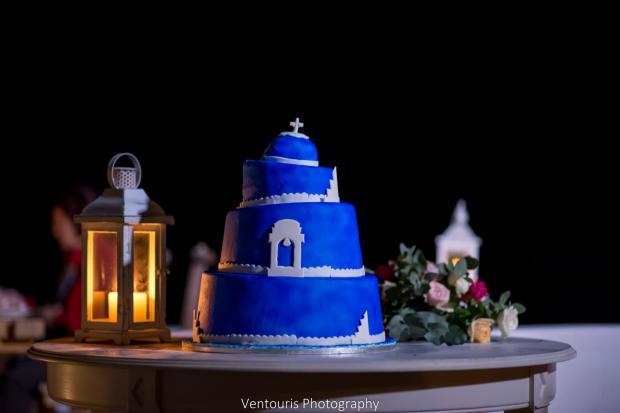 Santorini wedding- blue cake