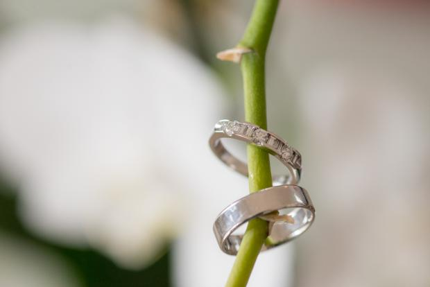 Santorini wedding-wedding rings