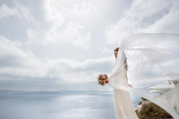 Wedding in Santorini-santorini bride