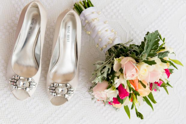 Wedding in Santorini- bouquet & shoes
