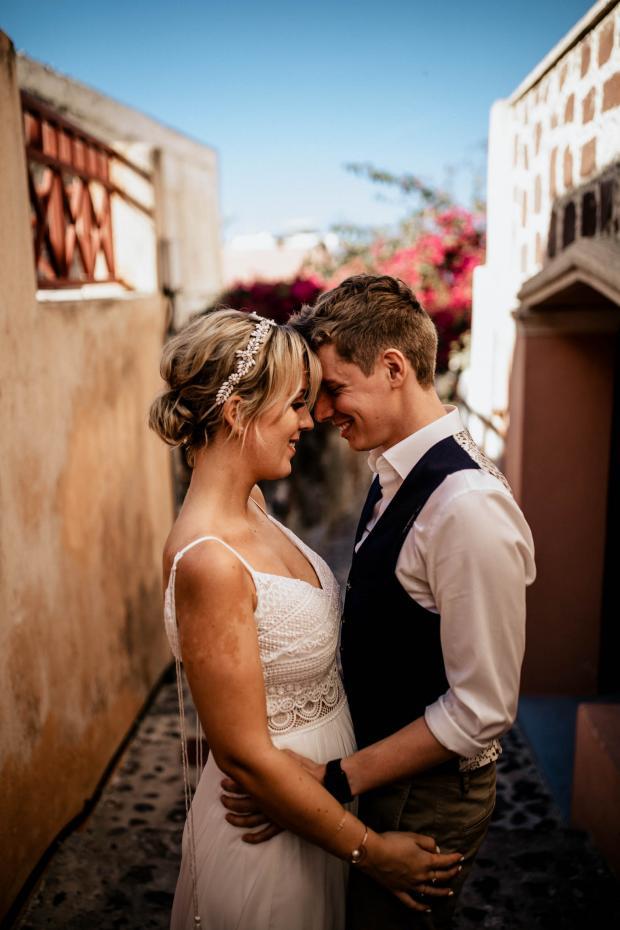 Modern & bohemian wedding in Greece