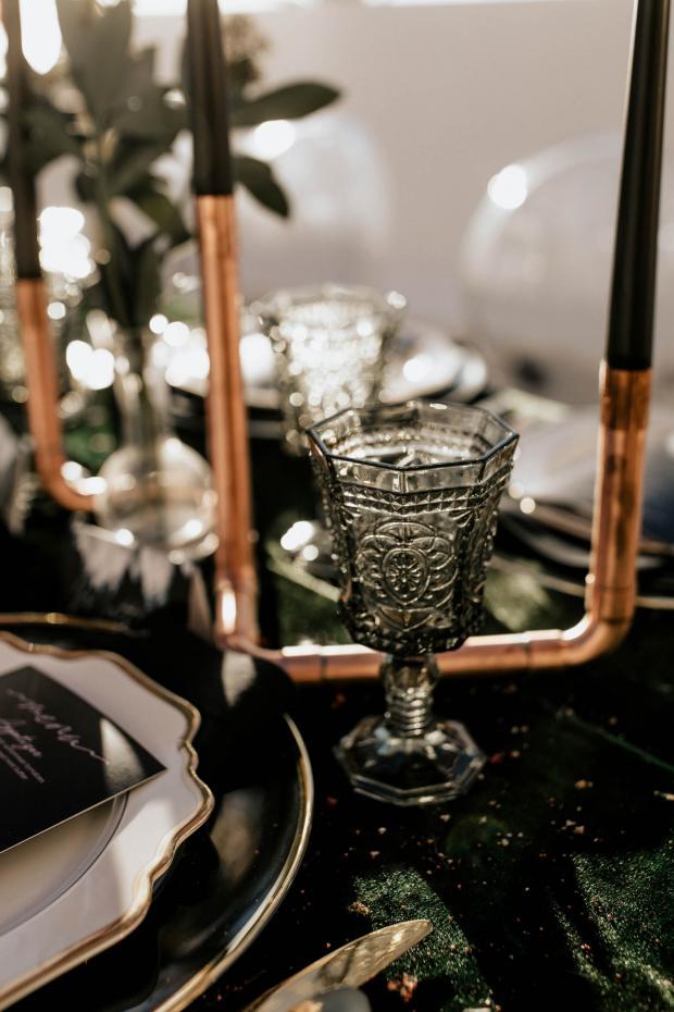 green goblet wedding dinner