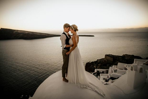 Modern destination wedding in Santorini